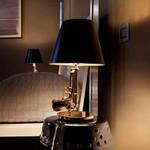 Настольная лампа Flos GUNS - BEDSIDE GUN F2953000