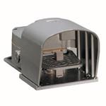 KR1 10 S11 Ножной выключатель с педалью, 1NO+1NC, защит. рычаг, Lovato Electric