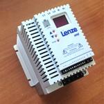 LENZE ESMD551X2SFA Преобразователь частоты 0.55 кВа, 3.0 Ампера, напряжение однофазное 230 В, 50/60 Гц