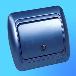 """Выключатель 1 СП """"Tuna"""" синий металлик, с декор.вставкой со свет.инд. 5021212201 (El-Bi)"""