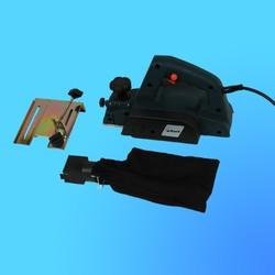 "Рубанок ""Bort""  BFB-82 (230В 600Вт гл 0-2мм шир 82мм 16000 об/мин) арт.28108001"