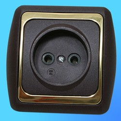Розетка 1 СП РС16-004 АБС метал., бордо/зол. рамка (Ростов)