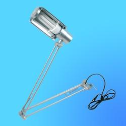 Светильник настольный Camelion KD-028С на струбцине, Е27,серебро, тип лампы - энергосберегающая 20Вт