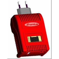 ACCTIVA easy - электронное зарядное устройство с возможностью тестирования аккумуляторных батарей - применяется ко всем транспортным средствам