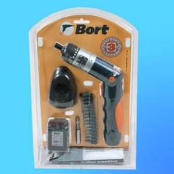 """Отвертка аккум. """"Bort"""" BAS-36 в блистере (3,6В 150об/мин 2Н*м) + 15 насадок + заряд.устройство"""