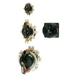 Пакетные выключатели и переключатели открытого исполнения IP-00 и пакетные выключатели в карболитовом корпусе IP-30