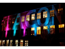 Мастер\u002Dкласс по фасадному освещению от школы светодизайна LiDS