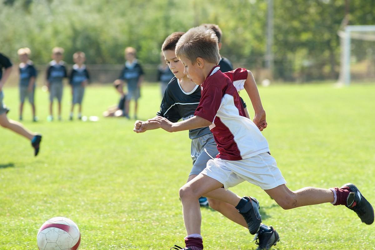 картинки про игру футбол охраняемой