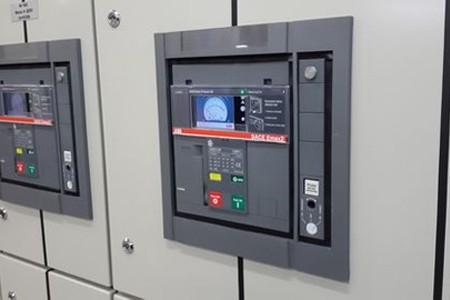 Низковольтные коммутационные (силовые) аппараты для нужд электроэнергетики