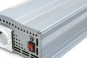 Обратноходовой преобразователь для светодиодного освещения с регулировкой яркости на базе триака
