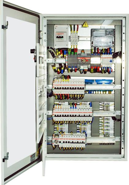 Сборка щитов осуществляется по техническому заданию или схемам заказчика.  В основном, изделия собираются на базе.