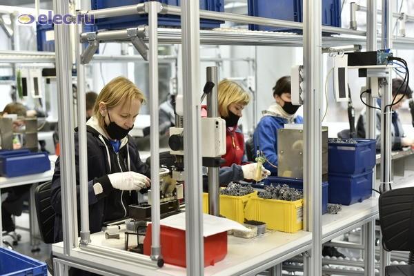Губернатор Ульяновской области посетил производство АО «Контактор» в поселке Чуфарово