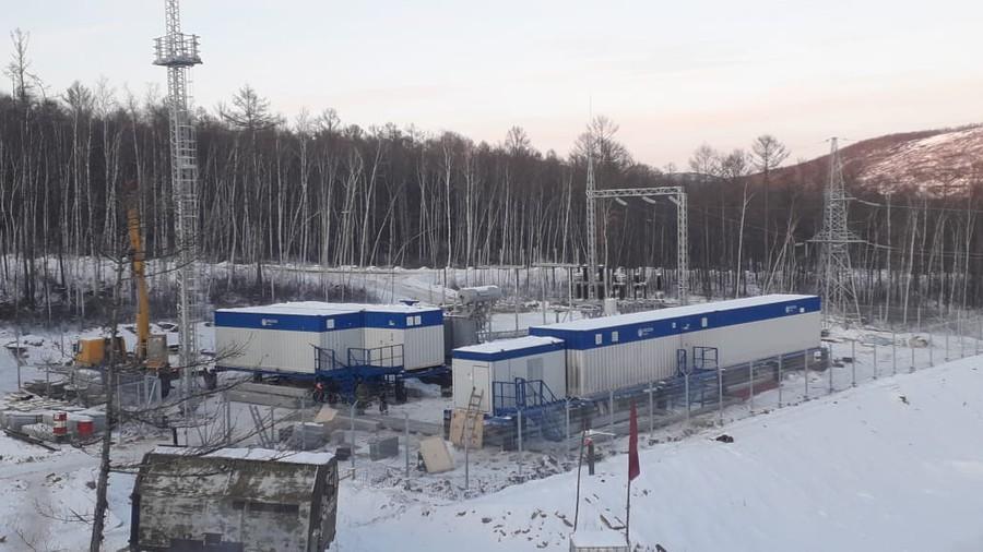 Электроэнергией обеспечен строящийся горно-обогатительный комбинат (ГОК) и его инфраструктура.