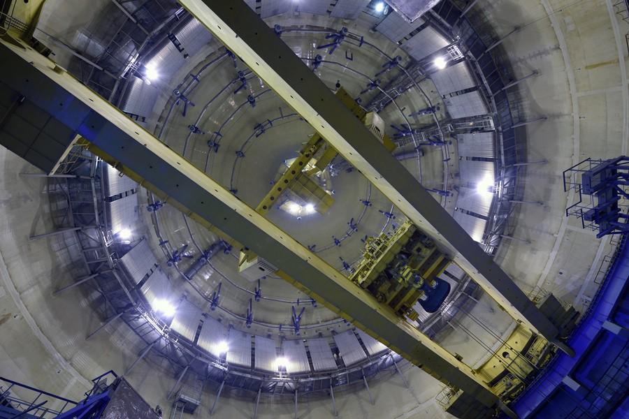 Полярный крана грузоподъемностью 360 тонн