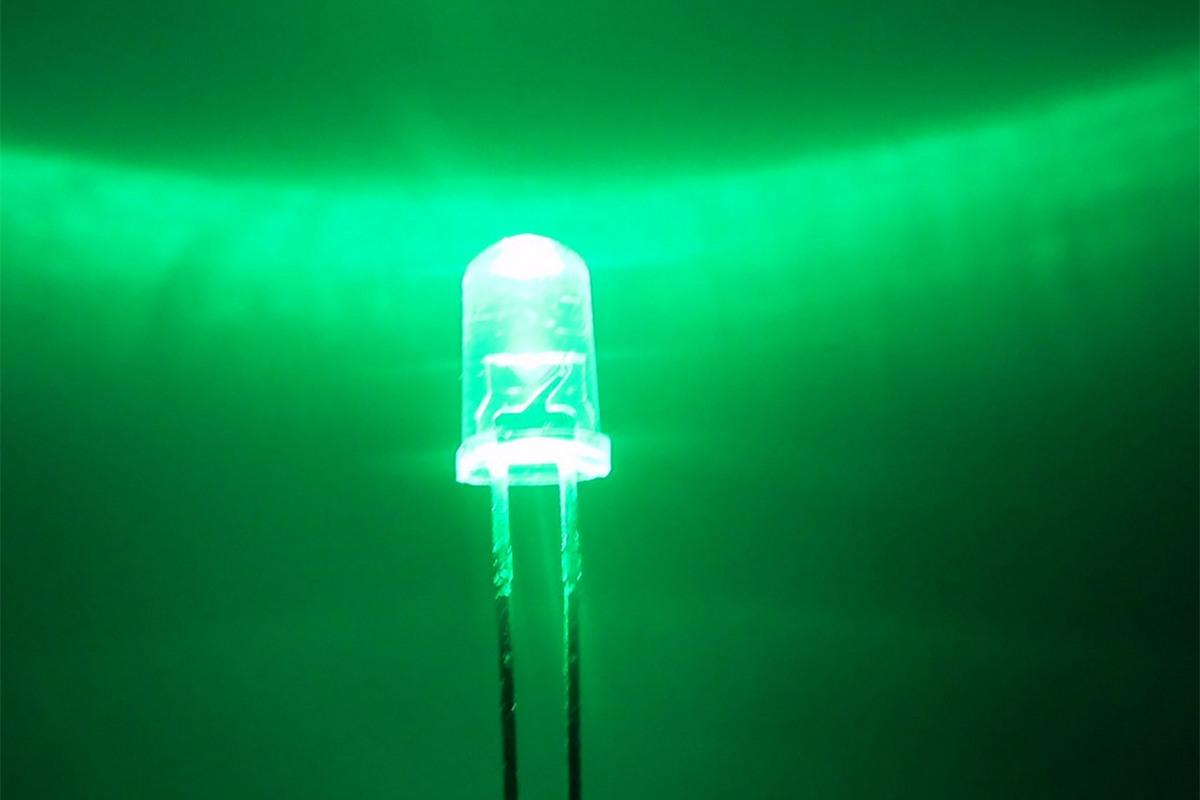 Зелёный светодиод