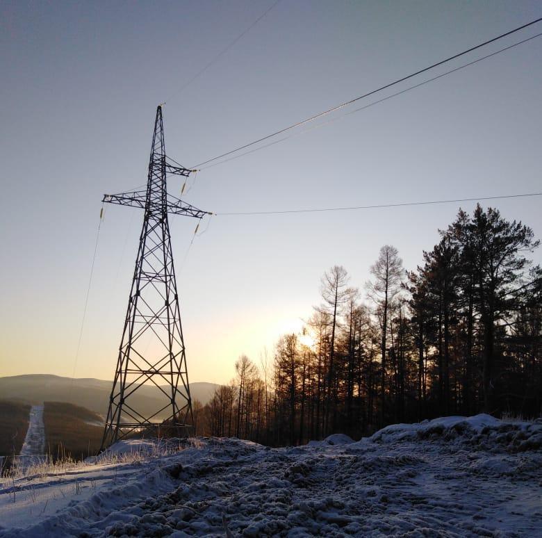 Энергетики установили 272 металлические опоры ЛЭП
